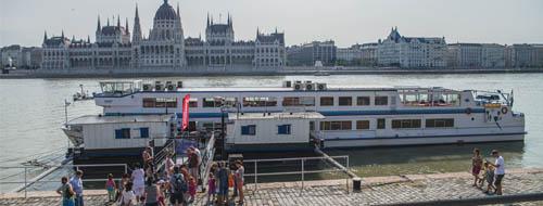 Hajókázás Budapesten