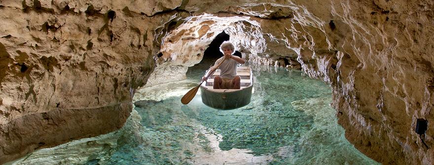 Tapolcai-tavasbarlang Látogatóközpont